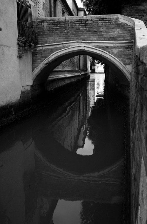 Brückenbogen, Venedig