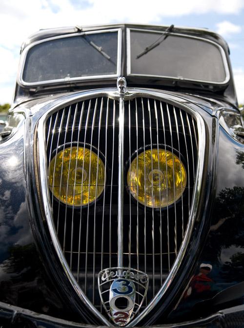 Kühlergrill Peugeot_302